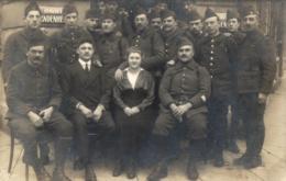 BELGIQUE - BRUXELLES - SAINT-GILLES - Souvenir De ... (26 Février 1919) - Carte Photo Groupe Militaire. - St-Gilles - St-Gillis