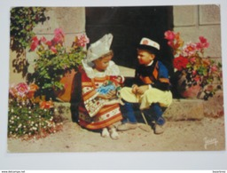 MCJ20 -    *petits Enfants Costume De Fouesnant Benodet Beg Meil Scaer Quimperlé  ( Jean Audierne éditeur N°  20813 - Fouesnant