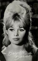 French Actress Brigitte Bardot (1960s) Takken No. AX 4714 RPPC - Entertainers