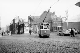 Lille. Douane De Fives. Tramways Ligne B. Cliché Jacques Bazin. 14-02-1959 - Tramways