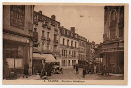 42.ROANNE-CARREFOUR HELVETIQUE / OLD CARS / PHARMACIE - PHARMACY - Roanne