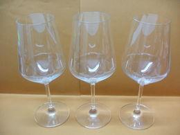 3 VERRES à VIN En CRISTAL Marque RASTAL - Glasses