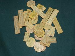 1 LOT DE PIONS ANCIENS PUBLICITAIRES   POUR BELOTE OU AUTRES JEUX DE CARTES - Other Collections