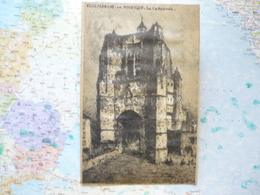 Villefranche De Rouergue La Cathédrale Format CPA - Vieux Papiers