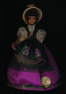 POUPEE FOLKLORIQUE  TOULOUSE - Dolls