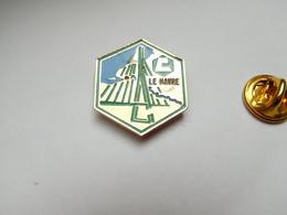 Beau Pin's , BTP , Batiment Travaux Publics , Ciments Lafarge Le Havre , Pont De Normandie - Altri