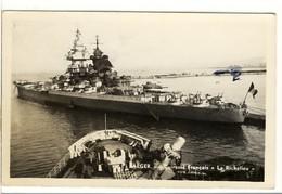 """Carte Postale Alger - Cuirassé Français """"Le Richelieu"""" - Marine Militaire - Krieg"""