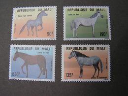 Mali Fauna  Pferde 1034 -1037   ** MNH - Mali (1959-...)