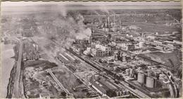 13 Berre-L'étang - Cpsm / La Raffinerie De Pétrole. - Francia