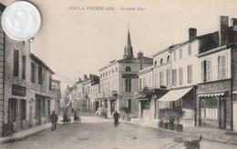 17 -Très Belle Carte Postale Ancienne De LA TREMBLADE  Grande Rue - La Tremblade