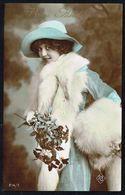 FEMME - CP - Jeune Femme Avec Chapeau Et étole De Fourrure - Circulé - Circulated - Gelaufen - 1920. - Femmes