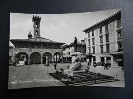 19933) AREZZO S. GIOVANNI VALDARNO PIAZZA CAVOUR VIAGGIATA 1962 - Arezzo