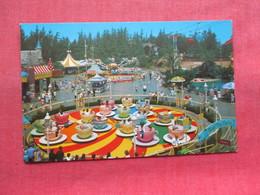 Mad Hatter's Tea Party   Disneyland     Ref 3347 - Disneyland
