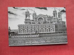 - New York > New York City > Ellis Island       Ref 3347 - Ellis Island