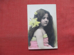 RPPC  Color Young Girl With Long Hair         Ref 3347 - Fashion
