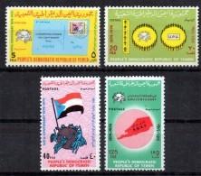 YEMEN  DU SUD  N° 150/53   * *  Upu Poste Lettre Carte Drapeaux Embleme - U.P.U.