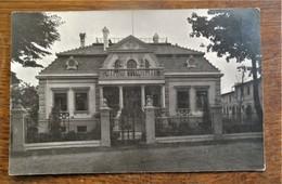 Antiek FOTOKAART  Villa De La Famille 1920 CASEL - Te Identificeren