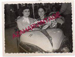 Fête Foraine. Photo D'un Manège D'auto-tamponneuses,80X60MM - Personas Anónimos