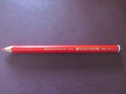 Crayon  - TELEVISION - Couleur Rouge - Réf.649 - Baignol & Farjon France - Neuf - Corps Uni Et Octogonal - Voir 3 Photos - Non Classés