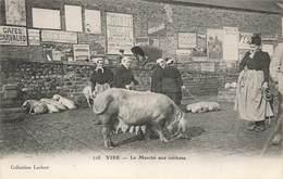14 Vire Le Marché Aux Cochons Cochon Truie Cpa Carte Animée - Vire