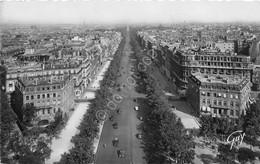 Cartolina Paris Avenue Champs Elysee Vue De Arc De Triomphe 1950 - Cartoline