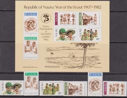 Nauru 1982 SG MS262 75TH ANNIV Di Boy Scout Set+sheet - Nauru