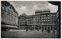 """AK - MÄHR. OSTRAU, Strassenansicht Mit """"Palac Hotel"""" 1941 - Tschechische Republik"""