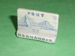 Fèves / Pays / Région : Le Pont De Normandie   T10 - Pays