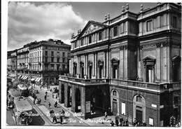 Milano. Teatro Alla Scala E Via Santa Margherita. Scritta Birra Pilsen Sulla Vetrata Del Palazzo Di Sinistra. - Milano (Milan)
