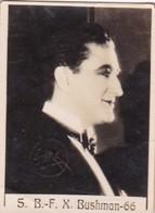 S B F X BUSHMAN. SUPER. CARD TARJETA COLECCIONABLE TABACO. CIRCA 1940s SIZE 4.5x5.5cm - BLEUP - Personalità
