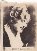 A MARIE WALCAMP. SUPER. CARD TARJETA COLECCIONABLE TABACO. CIRCA 1940s SIZE 4.5x5.5cm - BLEUP - Personalità