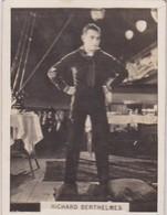 RICHARD BERTHELMES. CIGARRILLOS CRACK. CARD TARJETA COLECCIONABLE TABACO. CIRCA 1940s SIZE 5x6cm - BLEUP - Personalità