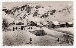Env Chamonix--près Faucigny-- LE TOUR --1960--Le Village Du Tour Et Son Glacier (petite Animation,ski) - Humor