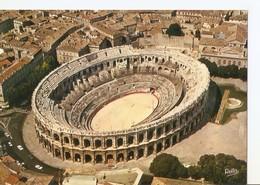 Postal 030865 : Nimes (Gard). Les Arenes Amphiteâtre Romain - Postales
