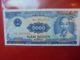 VIETNAM (NORD) 5000 DÔNG 1988 CIRCULER - Viêt-Nam