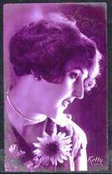 FEMME - CP - Jeune Femme Avec Collier De Perles Et Fleurs - Circulé - Circulated - Gelaufen - 1927. - Femmes