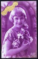 FEMME - CP - Jeune Fille Avec Bouquet De Fleurs - Circulé - Circulated - Gelaufen - 1927. - Femmes