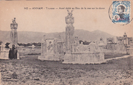 CPA - Indochine - Annam - Tourane - Autel Dédié Au Dieu De La Mer Sur Les Dunes - Surcharge - Viêt-Nam