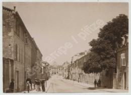 Rue D'une Ville à Situer . Meuse ? Citrate Circa 1900 . - Photos