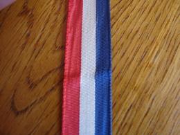 Ruban Tricolore Pour Insigne Médaille - Insigne & Ordelinten