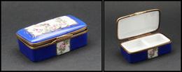 """Boîte En Porcelaine De Limoges, Décor """"Hirondelle Et Roses"""", Dominante Bleu Roi, Peint Main, Cerclage Et Boucle En Forme - Boites A Timbres"""