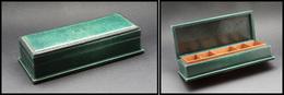 """Grande Boîte En Cuir Vert Bouteille, Signée """"Armorial Paris"""", Intérieur Bois Verni, 5 Comp., 180x80x45 Mm. - TB - Stamp Boxes"""