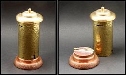 Distributeur De Roulettes. Modèle Artisanal En Bronze Doré à Socle Cuivre, Diam.50mm X H.130mm. - TB. - TB - Stamp Boxes
