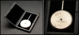 """Pèse Lettres. Modèle Circulaire De Poche En Acier, Dans Son Coffret, Marqué """"PTT 1313/2"""", échelle 0/60g. - TB (non Signa - Stamp Boxes"""