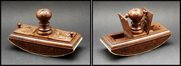 Buvard De Bureau En Bois Verni, 2 Comp. Timbres Sur Le Dessus, 146x60x90mm. - TB - Stamp Boxes