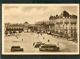 CPA - RENNES - Place De La Gare Et Hôtel Duguesclin, Animé - Autocars - Rennes