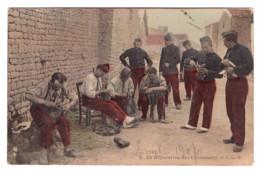 CARTE PHOTO LA REPARATION DES CHAUSSURES 1909 - France