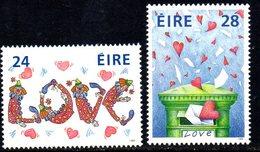 Ireland 1988 Greetings Stamps Set Of 2, MNH, SG 684/5 - 1949-... République D'Irlande