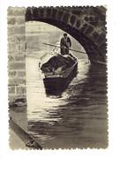 Cpm - 80 - AMIENS - Sous Le Pont Du Cange - Hortillon -  Animation Barque - Marché Sur L'eau - - Amiens