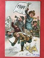 RELIEF - GAUFREE - VLAG - DRAPEAU 1903 - 1904 - ENFANTS DANS LA NEIGE - KINDEREN IN DE SNEEUW - Nouvel An